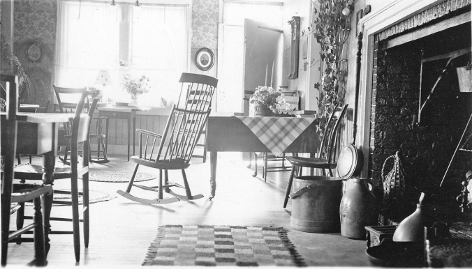 Dining Room at Fort Pelham Farm 1930's (2)