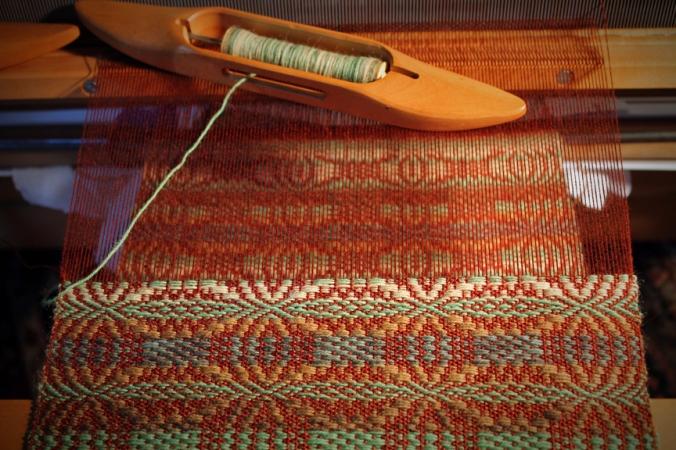 130812 Weaving (1)