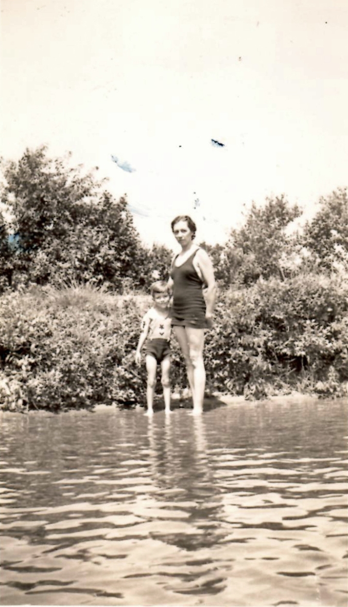 1937 Holland Pond